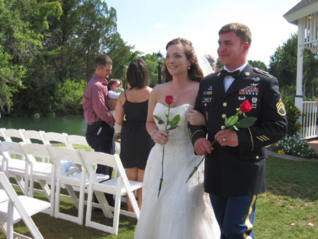 newly wedded couple at The Plantation on Crystal River